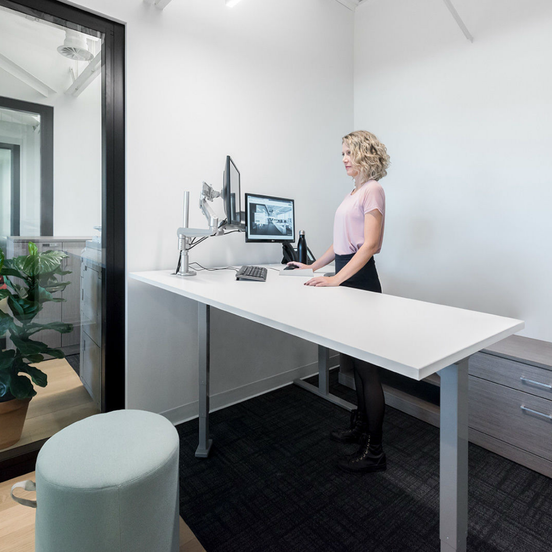 Office Furniture Us: About Us I Creative Office Furniture Winnipeg